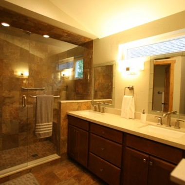 Black Canyon Builders, Durango, CO Significant Remodel Historic Home, en suite bathroom