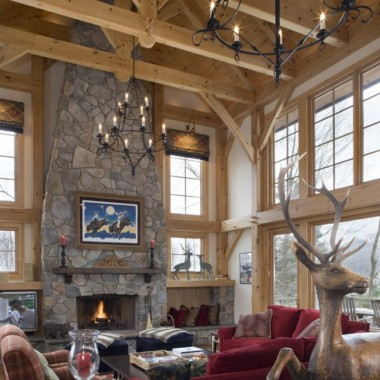 Black Canyon Builders, Durango, CO courtesy Woodhouse Timber Frame Company, great room