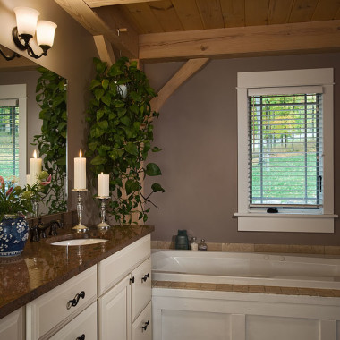 Black Canyon Builders, Durango, CO courtesy Woodhouse Timber Frame Company, bathroom