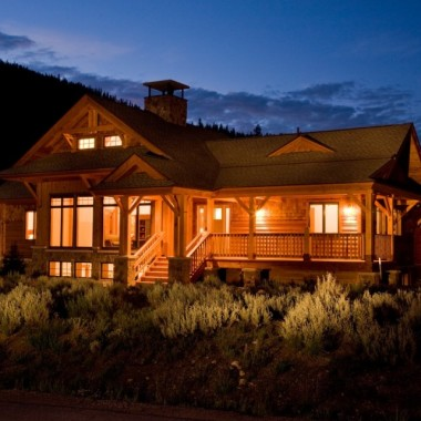 Black Canyon Builders, Durango, CO courtesy Woodhouse Timber Frame Company exterior